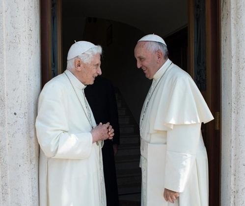 Benedykt XVI - odwiedziny Franciszka