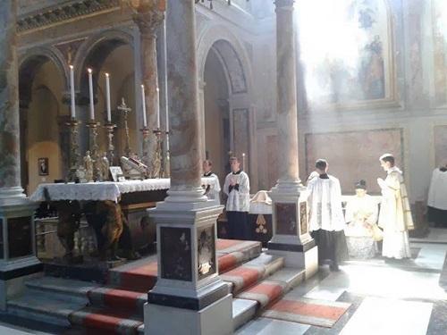 Msza trydencka w kościele San Nicola