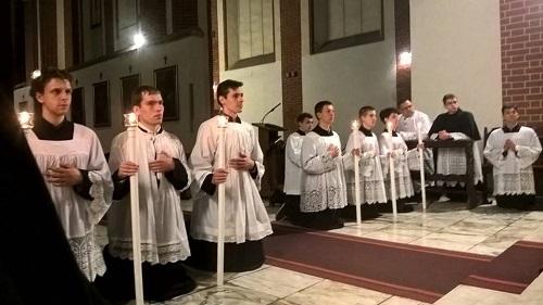 Msza św. śpiewana w nadzwyczajnej formie rytu rzymskiego