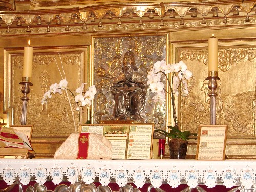 Ołtarz w Kaplicy Matki Bożej Gidelskiej