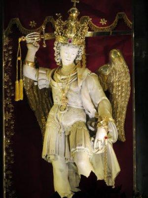 figura św. Michała Archanioła z groty w Gargano