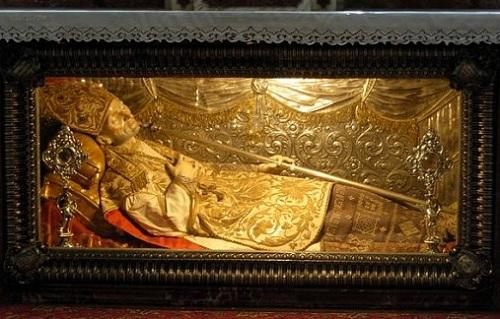 Relikwie św. Alfonsa Liguori w bazylice w Pagani